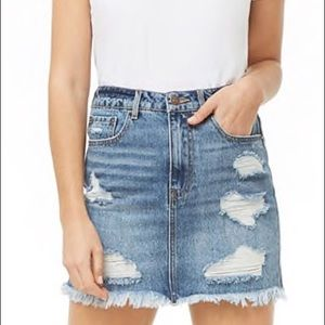 NWT Distressed Mini Jeans Skirt. Size Small